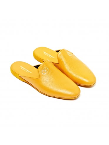 deer-leather-slippers-yellow (1)