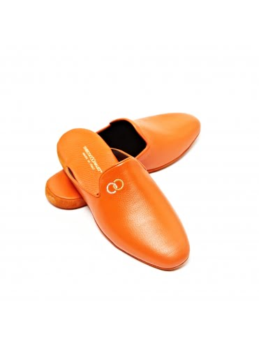 Mules en cuir de cerf orange par The Cocoonalist